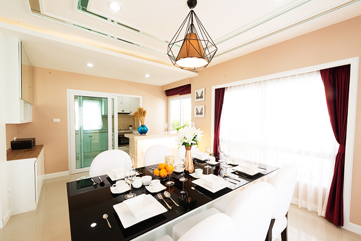 บรรยากาศภายในห้องอาหาร บ้านเดี่ยว เซนสิริ โฮม สขุมวิท แยกเจ สัตหีบ ชลบุรี
